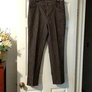 2/$10 Gloria Vanderbilt Amanda Jeans.